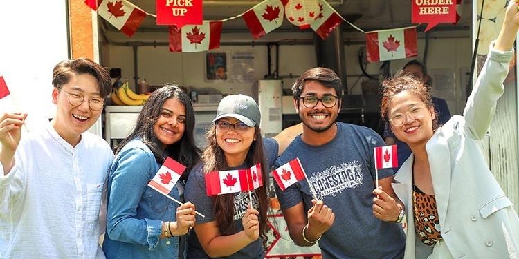 Du học Canada cần chứng chỉ Tiếng Anh