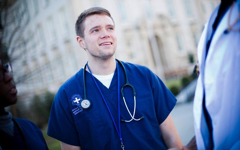Ngành điều dưỡng học bao lâu,Có nên học ngành điều dưỡng? cần biết trước khi lựa chọn